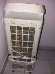 Vendo climatizador Philco com controle. ao valor de R$ 180,00