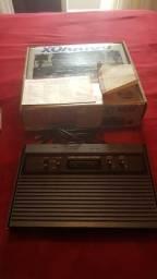 Atari 2600 com Caixa