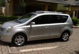 Nissan Livina 1.8 Automático - 2013