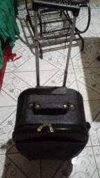 Vendo esta bolsa mala con puchador