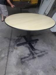 Mesa de reunioes de 1,20 cm apenas 150,00 pra retirar