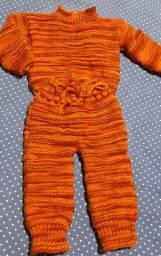 Blusão e Calça  em tricô feito a mão