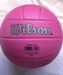 Bola de vôlei - Marca Wilson - Rosa