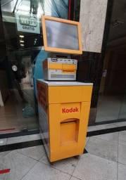 Quiosque Kodak vendo ou troco por moto.