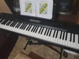 Vendo ou troco por um teclado sintetizador , piano digital casio cdp 230r conservadissimo