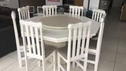 Mesa Oitavda com 08 cadeiras