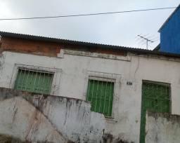 Casa a venda no Malhado rua principal