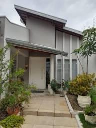 Casa em São Pedro - SP