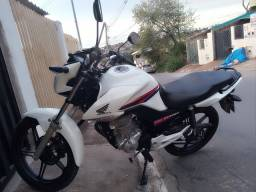 Titan 160 branca 2016 segundo dono nova