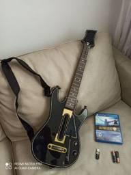 Guitar Hero Live Bundle PS4 com guitarra e jogo original