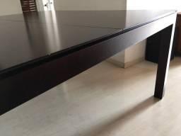 Mesa pra 8 lugares de madeira