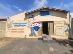 Salão para alugar, 100 m² por R$ 1.200/mês - Na Av. Domingos C. Calo, 2340 - Ourinhos/SP