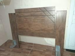 Cabeceira de madeira nova