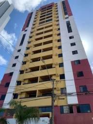 Apartamento em Manaíra, 03 quartos, com varanda piscina e elevador