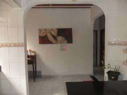 Título do anúncio: Ótimo apartamento dois quartos e duas vagas no Coqueiros.