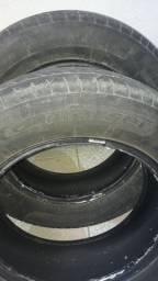 Vendo pneus 195/65/15 semi novo
