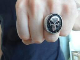 Anéis caveira em aço