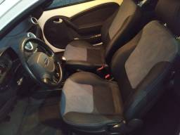 Ford KA  class 2013 ( Carro de Mulher Impecavel)
