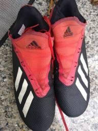 Chuteira Adidas society n 41