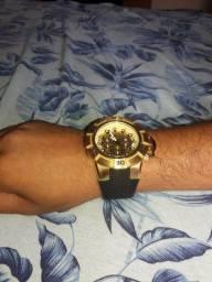 Vende-se relógio invicta novo