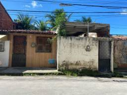 Vende-se Duas Casas