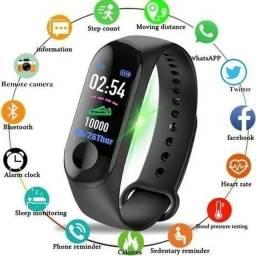 Relógio inteligente smartwatch P70 (olhem a descrição)