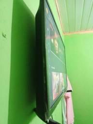Vendo tv 32 Smart por 900 só liga *