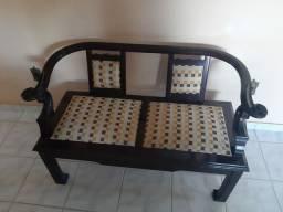 Cadeira Namoradeira Antiga de Madeira Nobre