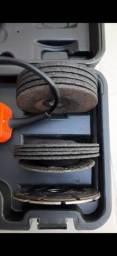 Esmerilhadeira angular de 4.1/2 pol. 820w + 12 discos e maleta - g720k12 black+decker<br><br>