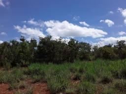 Vende um no município  de Guaraciama  m.g