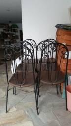 6 cadeiras de ferro com madeira