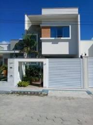 Casa a venda no bairro Peróbas divisa com Três Barras