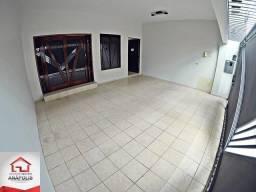 Casa no Setor Central, 5 quartos sendo 1 suíte, 300 m² / Próximo da praça das mães