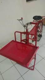 Bicicletas cargueira usada como foodbike