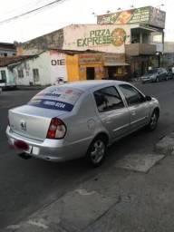 Clio sedan 1.6 16v privilégi - 2008