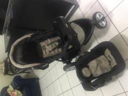 Carrinho de bebê + BB conforto KIddo