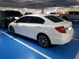 Vendo Civic EXR 2016 - 40.500KM - Todas as Revisões na Conc. - Teto Solar - Unico dono - 2016