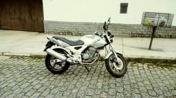 Vendo Cbx Twister 250 cc - 2006