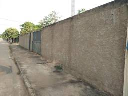 Lote 650 m²