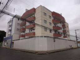Apartamento/Cobertura no Cândida Câmara em Montes Claros - MG