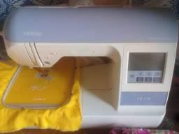 Máquina de Bordar Brother Pe 770 - Borda Desenhos e Letras
