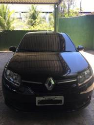 Vendo Renault Sandero 15/16 - 1.6 completo