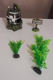 Vendo kit de enfeites para aquário