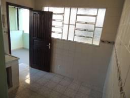 Aluga-se Casa no centro de Três Rios