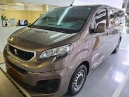 Mini Van / Motorhome 9 lugares Padrão Luxo - EXCLUSIVA