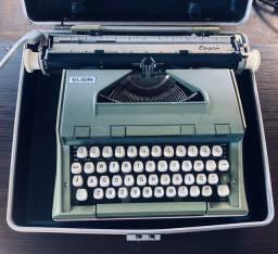 Maquina de escrever Elgin Capri