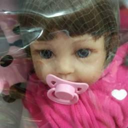 Bebê reborn , silicone com acessórios linda