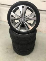 Jogo de rodas Mercedes com pneus