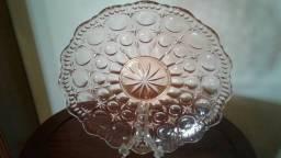 Prato de bolo em vidrão lapidado da década de 40