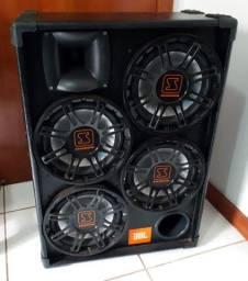 """Caixa para Cabeçote de Baixo 4x10"""" JBL"""